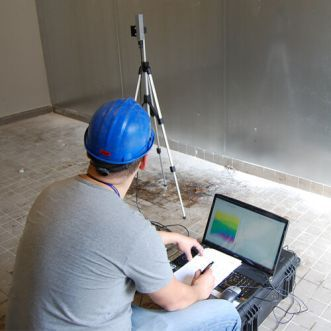 位置に関する無線周波数場強度測定